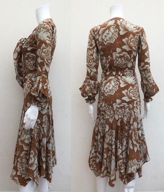 Stunning 1930's Day Dress - image 4