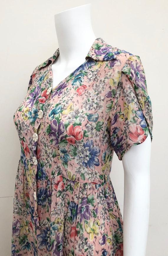 Pretty 1940's Floral Dress