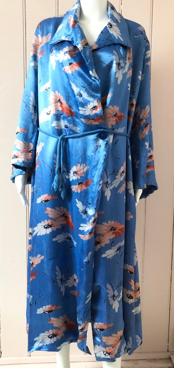 Beautiful 1930's Floral Satin Dressing Gown