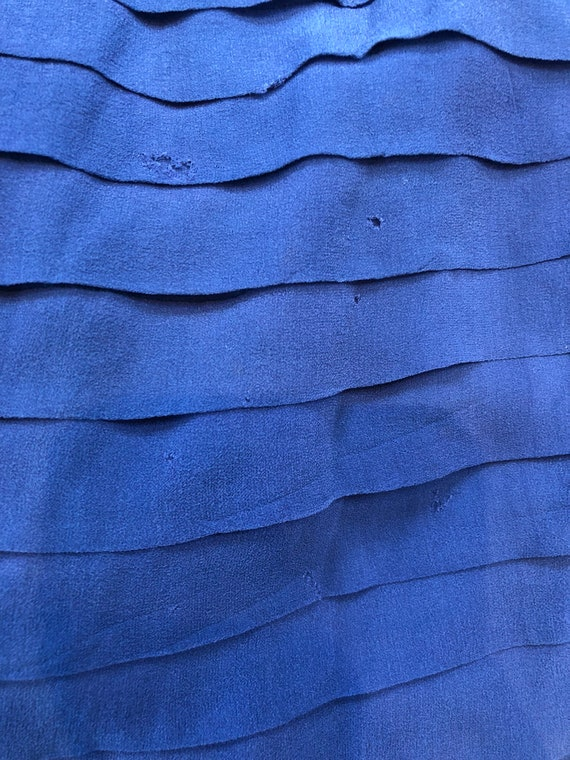 Stunning 1920's Periwinkle Blue Silk Chiffon Dress - image 10