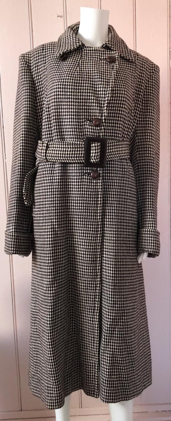 Fantastic 1940's Houndstooth Coat - image 2