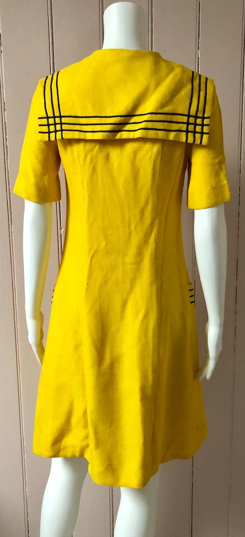 Bright yellow 1960's Wallis Dress - image 4