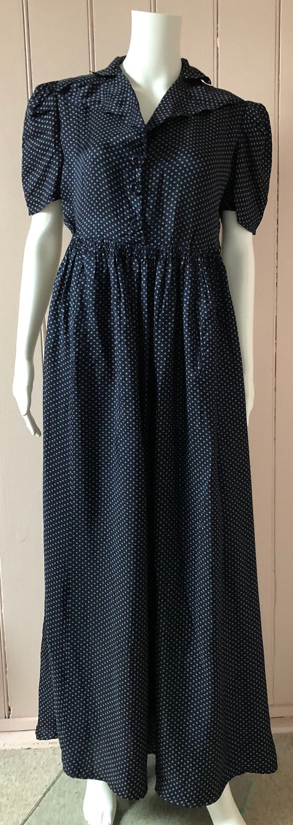 Lovely 1940's Rayon Dress - image 2