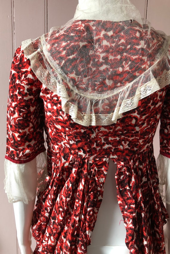 Pretty 1940's Floral Blouse/Overskirt - image 9