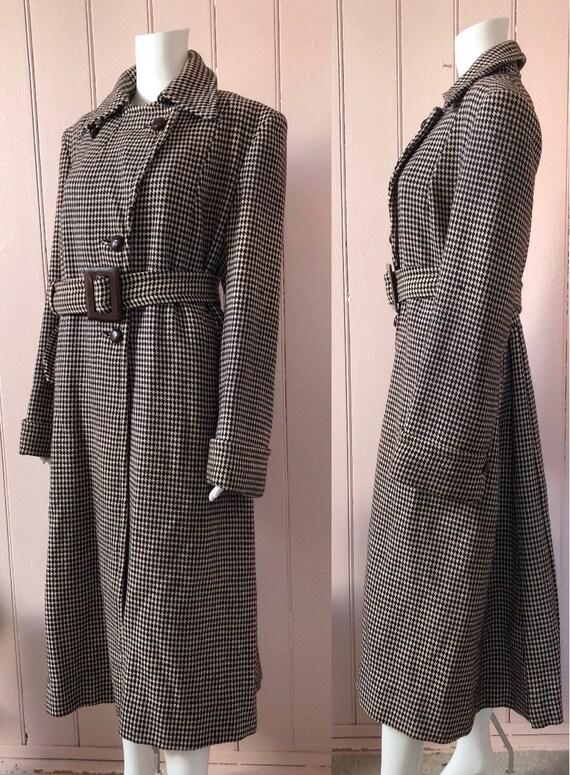 Fantastic 1940's Houndstooth Coat - image 3