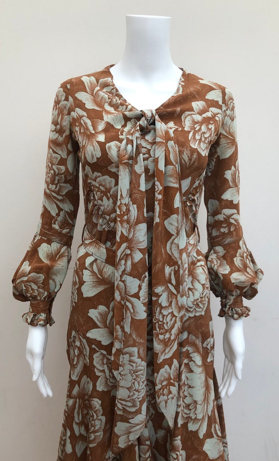 Stunning 1930's Day Dress - image 3