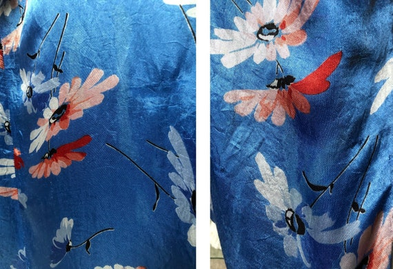 Beautiful 1930's Floral Satin Dressing Gown - image 7