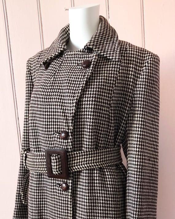 Fantastic 1940's Houndstooth Coat - image 1