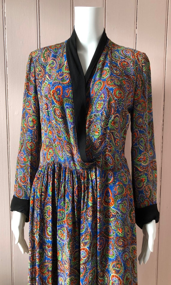 Beautiful 1940's Crepe Gown/Housecoat