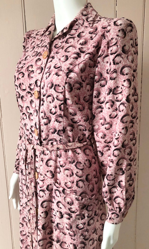 Fantastic 1940's Moygashel Pink Dressing Gown