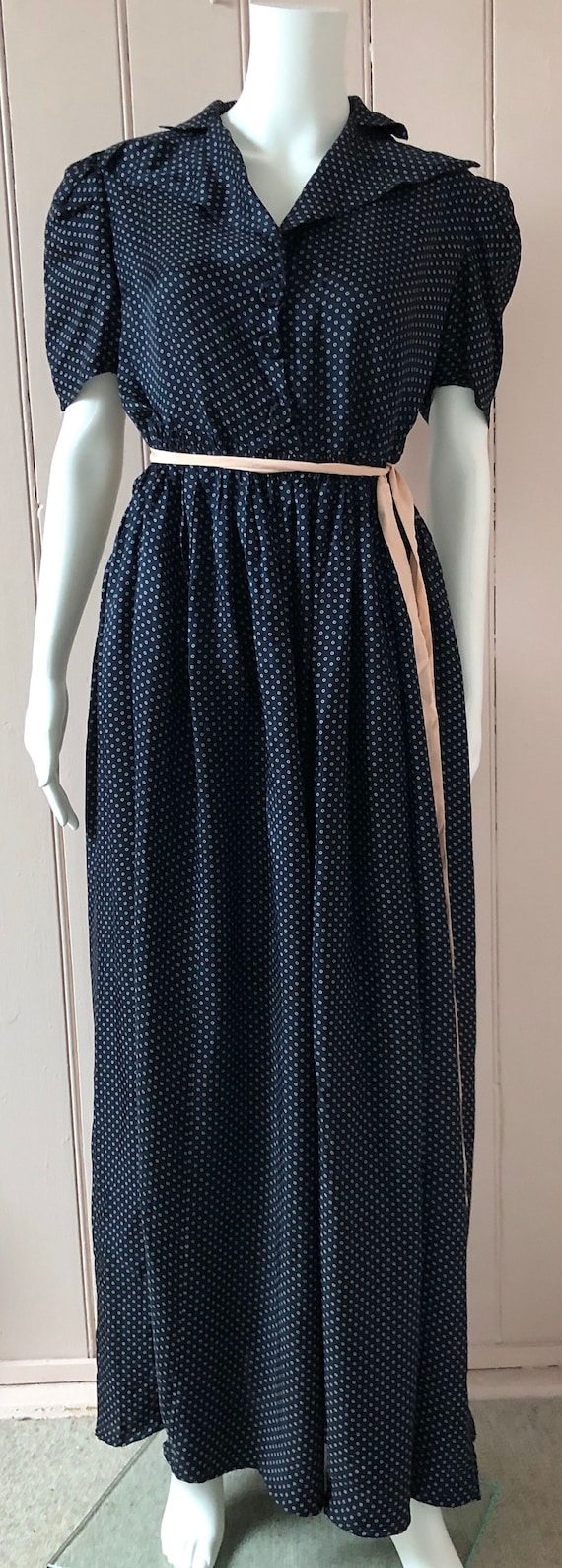 Lovely 1940's Rayon Dress - image 8