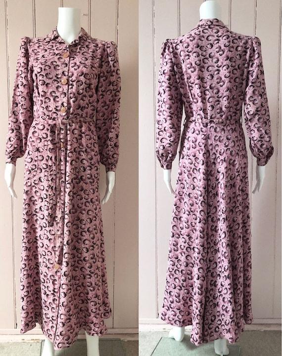 Fantastic 1940's Moygashel Pink Dressing Gown - image 3