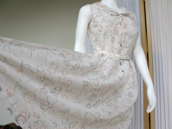 Vintage 1950's Dress Novelty Print - image 3