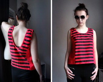 Retro Tank Tee - 90s Vintage Hipster Crop Top Oversized Sleeveless Cotton Tee Striped Red Black Womens Cropped T Shirt