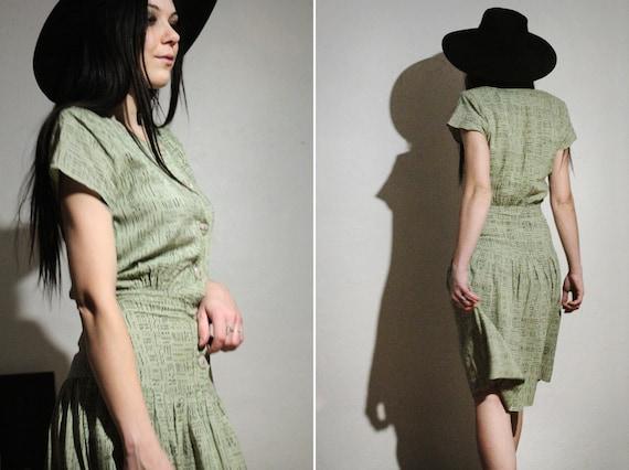 80s Print Dress with Shoulder Pads / Pastel Sage G
