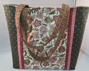 Country Romantic Tote Bag, pink and green with interior pockets