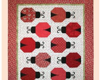 Ladybug Square Design BABY QUILT \u2013 Red /& Yellow