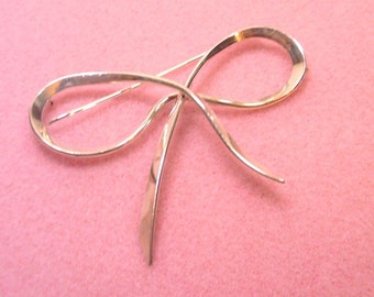 Silver Bow Shaped Pin Brooch