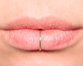 Fake Lip Ring, sterling silver or 14k gold filled, ALL SIZES 18 gauge, Thick, lip cuff, faux lip ring, cheater jewellery, Labret