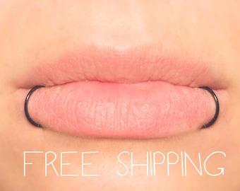 Fake Lip Ring, Snake Bites, Lip Cuffs, NO PIERCING Black 20 gauge, Fake Piercings, Body Jewellery, faux lip rings Free Shipping