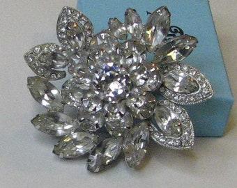 Vintage Spiral Weiss Brooch Pin