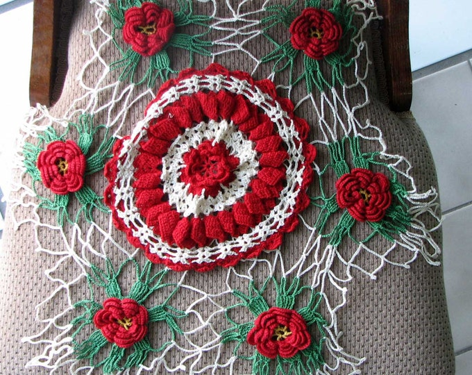 Set of Vintage Retro Red Green and White Flower Circular Doilies