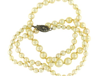Vintage Retro Graduated Akoya Cultured Pearl Strand with Gold Clasp