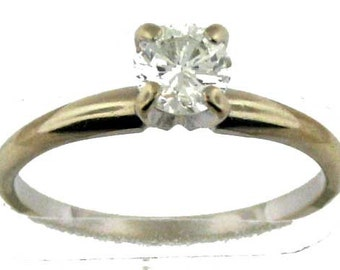 Classic White Gold Diamond Solitare Engagement Ring