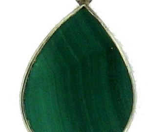 Vintage Sterling Silver Tear Drop Shaped Banded Green Malachite Pendant