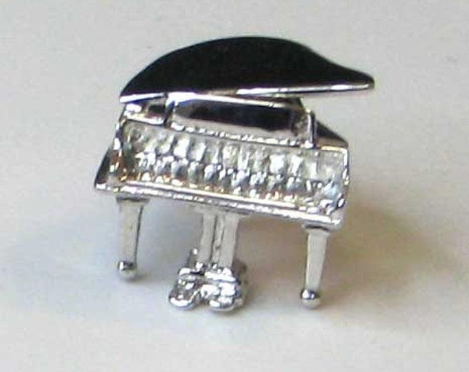Silver Tone Grand Piano Charm