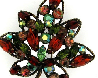 VINTAGE REGENCY AUTUMN Color Leaf Brooch