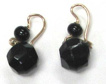 Vintage Black Onyx Dangle Earrings on Gold Wires