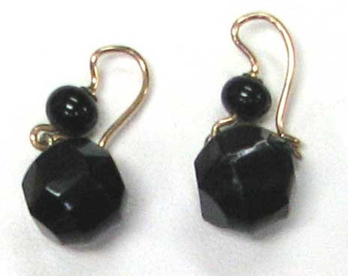Vintage Black Onyx Dangle Earrings on Gold Wires