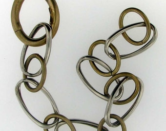 Alternating Gold and Silver Slightly Twisted Chain Bracelet