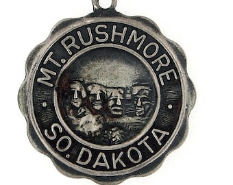 Vintage Sterling silver Mt. Rushmore charm