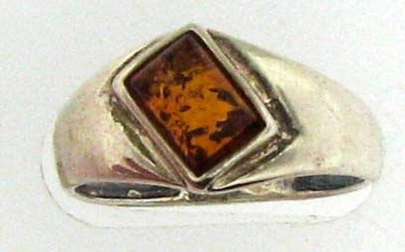 Simple Classic Silver Amber Ring