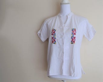 Floral tourist shirt etsy salvation armani vintage tourist top white top with embroidered flowers vintage tourist shirt vintage embroidered shirt vntg size l mightylinksfo