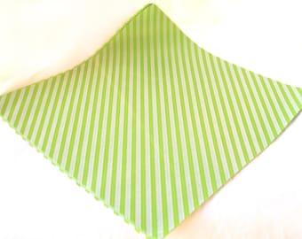 25 Green Diagonal Stripe WAX PAPER sheets-Pink Lemonade party shop EXCLUSIVE-basket liners-food safe