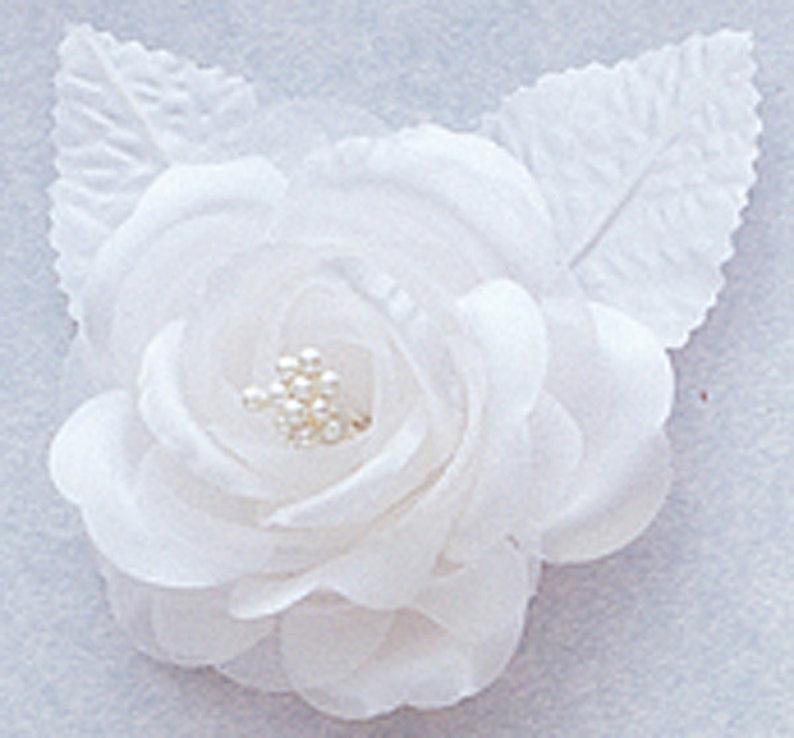 2.5 White Silk Single Rose Flowers price for 4 roses