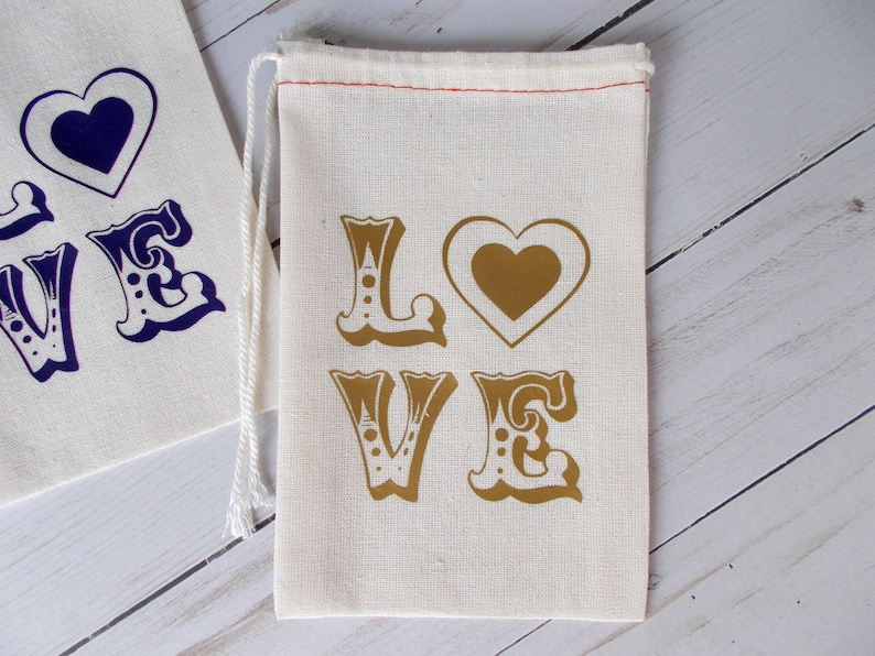 Hotel Welcome Bags Sets of Muslin Pouches Bachelorette Favors Love Favor Bags Wedding Guest Favors