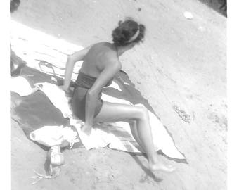 """Vintage Snapshot """"Startled"""" Surprised Young Woman On The Beach Back To Camera Faceless Black & White Found Vernacular Photo"""