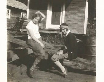 "Vintage Snapshot ""Roughing It"" Teenage Girls 1920's Flappers Rustic Cabin Found Vernacular Photo"