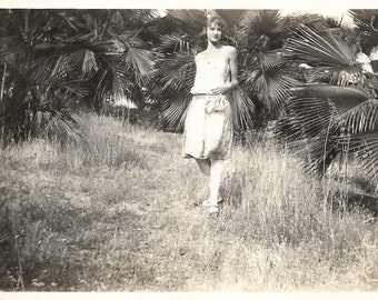 """Vintage Snapshot """"In The Tropics"""" Flapper Woman Poses Among Palmetto Palms Old Found Photo Fashion Style"""