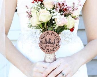 BRIDAL BOUQUET MEDALLION / Bouquet Charm / Personalized wedding bouquet medallion