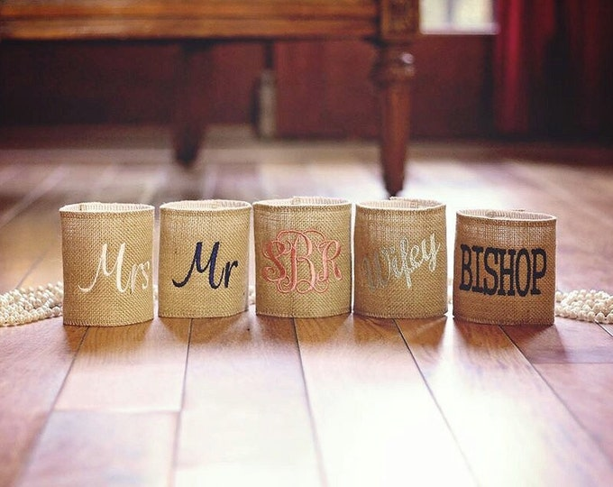 BURLAP PERSONALIZED CAN Cooler / Bride Groom / Bridesmaid Groomsmen Gift / Christmas Stocking Stuffer