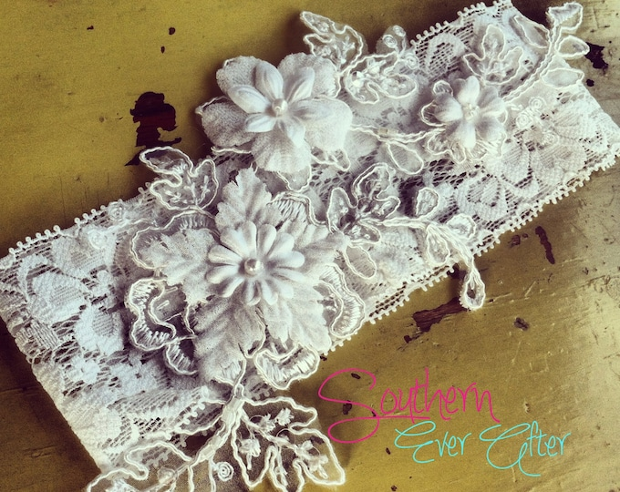 "The ""Clara"" Lace Garter Set  / bridal garter/ lace garter / toss garter / Something Blue wedding garter / vintage / Shabby Chic"