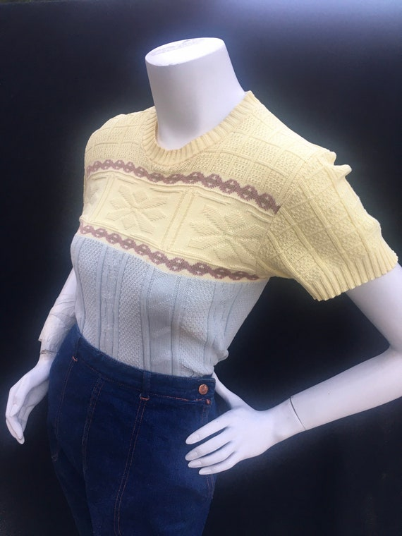 Vintage Campus 1950s 50s yellow blue cable knit pu