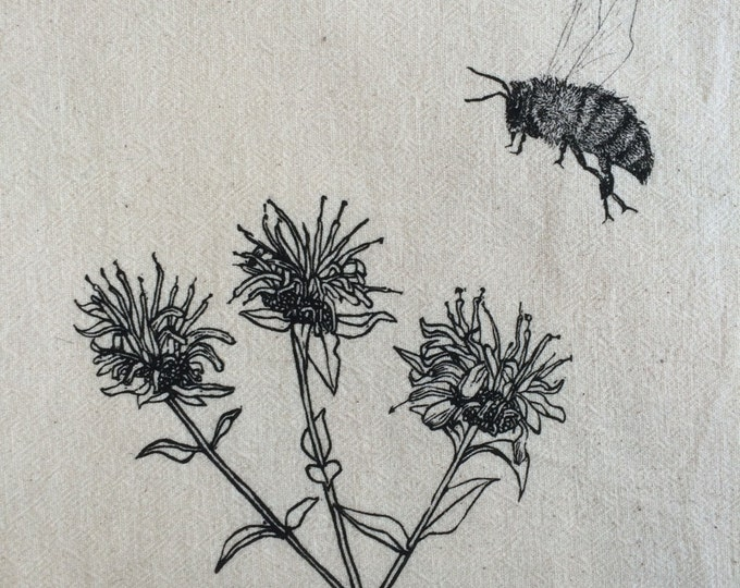 Bumble bee with wild bergamot
