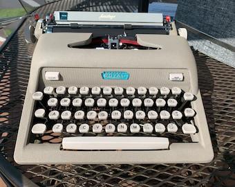 Royal Heritage Typewriter