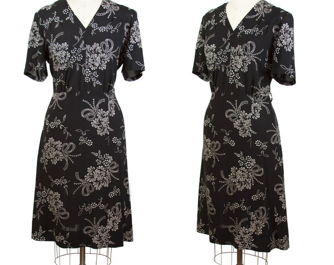 Vintage 1940s Dress ~ White Floral Bouquet with Bows on Black Rayon Dress